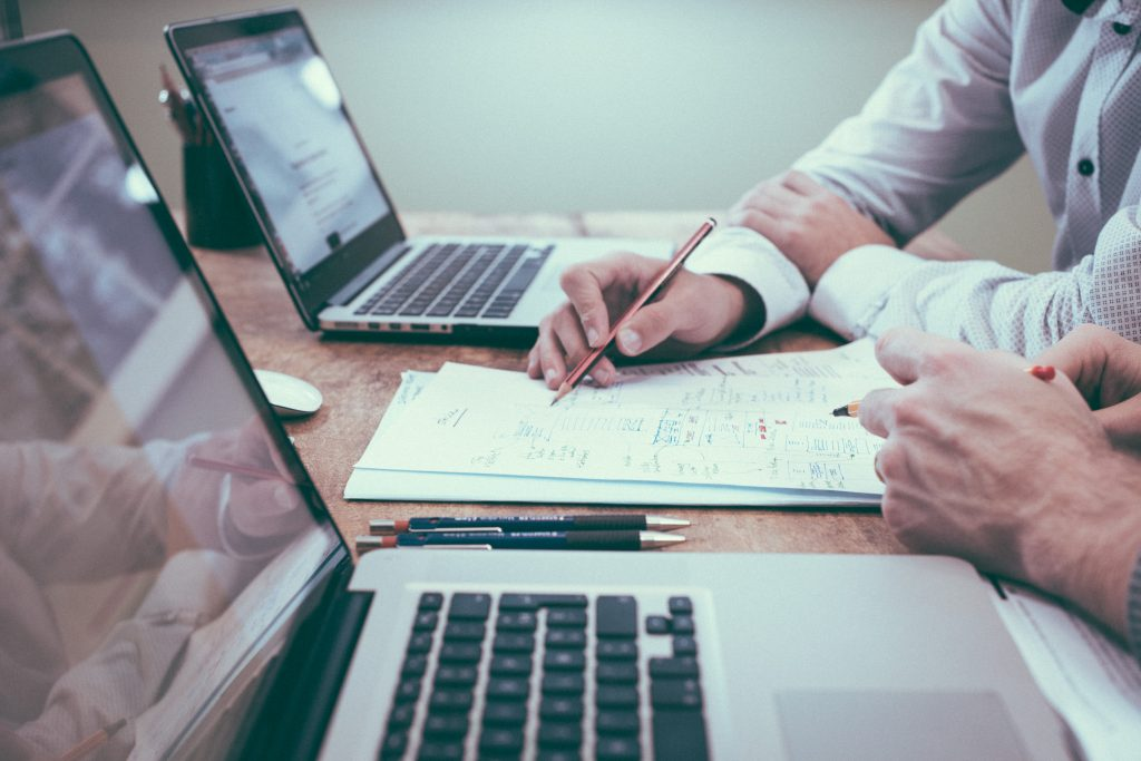 PEO VS Payroll Service Provider
